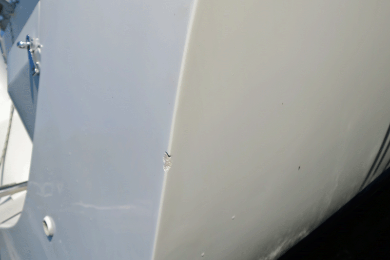 Minor transom gelcoat damage detected during Da Capo visit on August 24, 2014