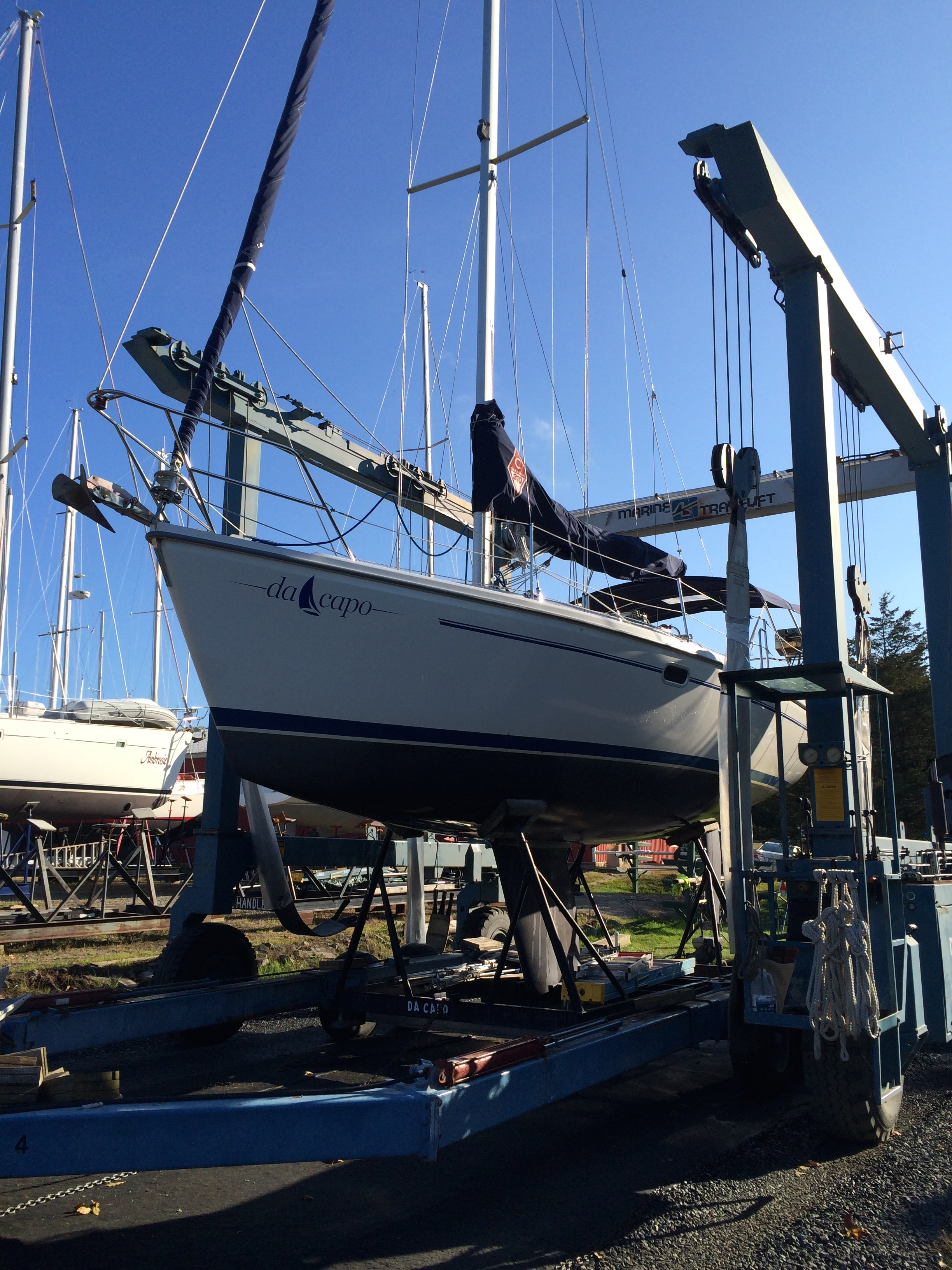 Hauling DaCapo at Willsboro Bay Marina on October 3, 2014